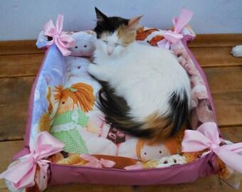 Cat beds, pet beds, pet bedding, beds for pets, small dog beds, cat mat