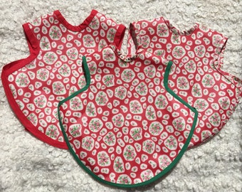 Baby Bib. Wipe Clean (waterproof) Soft Red Flower Babies Bapron. Toddler apron. Red flowers.
