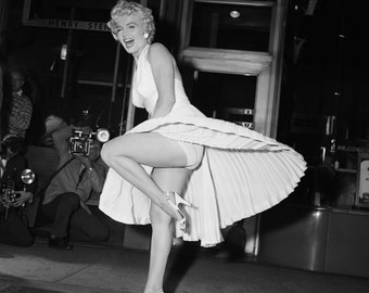 "Marilyn Monroe as ""The Girl"" in the Film ""The Seven Year Itch"" (The Iconic Skirt Shot) - 5X7, 8X10 or 11X14 Publicity Photo (BB-937)"