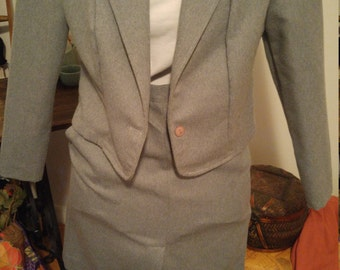 1970's Vintage Grey Women's Suit