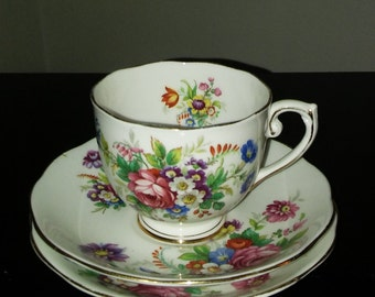 Vintage Roslyn Fine Bone China Trio (Cup Saucer Plate) Floral Print