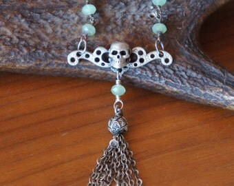 La Fee Verte - Silver Necklace with Skull and Tassel