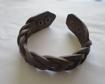 Mystery Braid Leather Bracelet Wrist Band 5 Strand