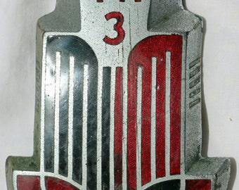Triumph TR3 Nose Badge Red 1960's