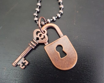 "18"" Bronze Key & Keyhole Necklace"