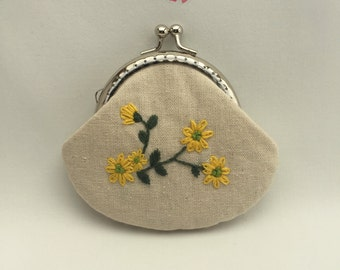 Frame purses/wallet/pouch: Embroidery, Lily of the Valley