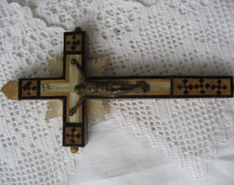 Vintage Cross in Mother of Pearl and Olive wood from Jerusalem