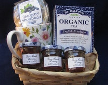 Tea Blueberry Shortbread and Honey Gift Basket