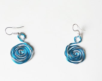 Wire aluminium silver and turquoise earrings