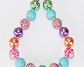 Chunky Bubblegum Bead necklace, 17""