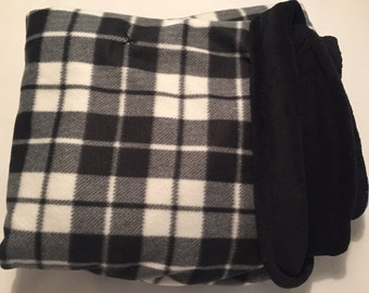 Black plaid blanket