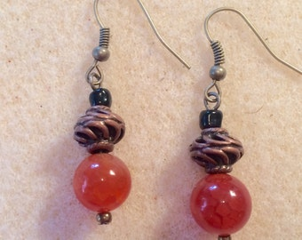 Fall fashion earrings and necklace set, fall fashion jewelry, burnt orange color glass, agates, copper and black bead.