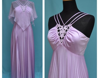 Vintage 1970s Maxi Dress, Vtg 70s Full length Evening Gown,Empire line, Stay press pleated skirt,Lace insert, Chiffon angel wing collar/cape