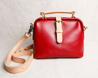 Top Quality Red Vintage Leather backpack bag Handmade Leather Bag With Inside Pocket Leather backpack Bag Leather Messenger bag