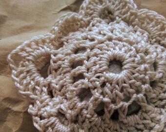 Fine Lace Crochet Scented Sachet -- Ecru with Apple Cinnamon Scent