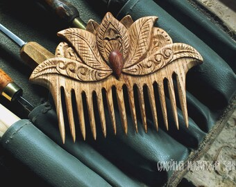 "Wooden comb ""Lotus"""