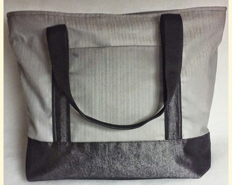 The Madison Tote bag: Silver with Black Trim