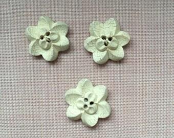 LOVELY White  flower buttons