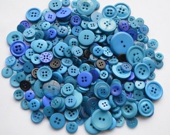 MIXED BLUE - Plastic Buttons / Assorted Buttons - 50g, 100g, 300g, 500g.