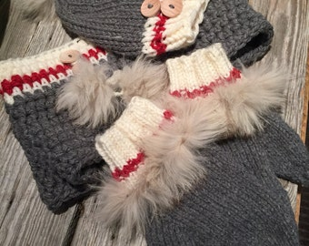 tuque, cowl and mitten set