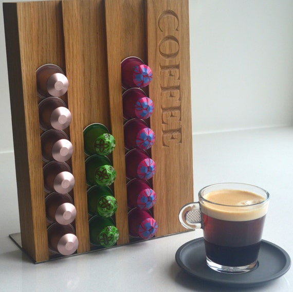 porte dosette caf pour nespresso ch ne massif. Black Bedroom Furniture Sets. Home Design Ideas