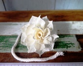 10 Dahlia Sharp Edge Sola Wood Diffuser Flowers 5+ cm Dia. with cotton rope