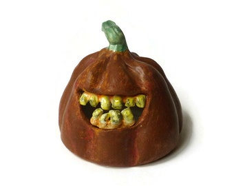 Ceramic Zombie Pumpkin - Pumpkin with Zombie Teeth