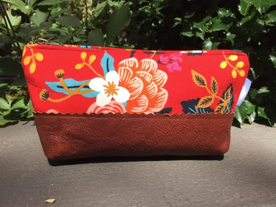 Red Floral Leather Pouch, Makeup Bag, Cosmetic Bag, Leather Toiletry Bag for Women, Zipper Pouch