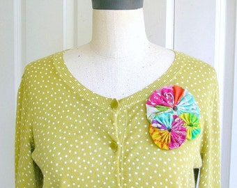 Unique modern handmade fabric brooch pin, Japanese Echino linen, colorful bridesmaid mom gift, upcycled, repurposed - Hello Garden No. 2