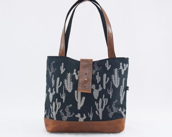 Ann Canvas and Leather Shoulder Bag in Cactus Print