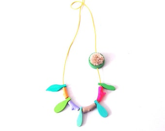leaf necklace, colorful necklace, natural necklace, jewellery wood, woody,  botanical necklace, gift, eco jewellery, organic necklace, green