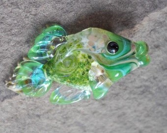 Green glass fish necklace, Lampwork Glass Beads, handmade focal bead, ocean bead, jewelry supplies, SRAJD, CGGE