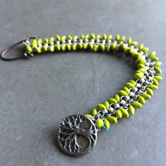 Bicycle Chain Bangle with Drop Seed Beads and Tree Button