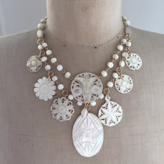 Indiangoldesigns Com Beautiful Antique Bridal Necklace: Wedding Jewelry Bridal Necklace Mother Of Pearl Charm