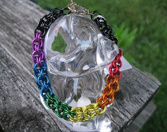 Rainbow Inverted Round Chainmaille Bracelet