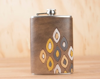Leather Flask - Handmade Hip Flask in the Pato pattern with geometric design - 8oz Size - Groomsman Flask - Wedding Flask