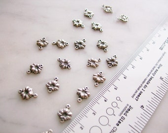 Silver-Plated Connectors Jewelry Findings 2 Hole Flowers for Earrings, Necklaces '19 Pieces'