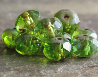 Peridot Picasso 8x6mm Czech Glass Faceted Rondelle : 12 pc Green Rondel