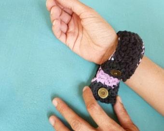 bracelet Crochet black pink recycled jersey