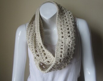 OFFWHITE Crochet scarf, Infinity scarf, infinity scarf, scarf, crochet infinity scarf, Long scarf, loop scarf, circle scarf, winter scarf