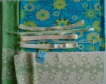 DIY BRA Kit Turquois & Pistachio Flowers  by Merckwaerdigh