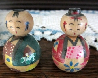 "Vintage 1950s Japanese Kokeshi Wooden ""Nodder"" Doll Set of Two"