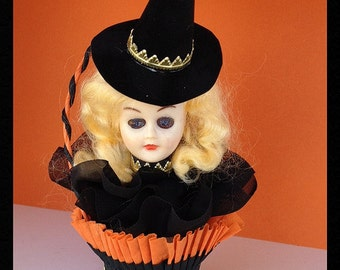 Halloween Decoration  Vintage Witch  Doll in a Crepe paper Nut Cup OOAK Halloween Ornament   TVAT