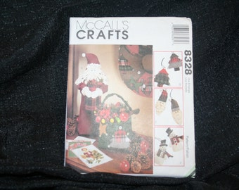 VINTAGE UNCUT NEW McCall's 8328 Country Christmas Ornament Santa Snowman Sewing Pattern SEWBUSY12
