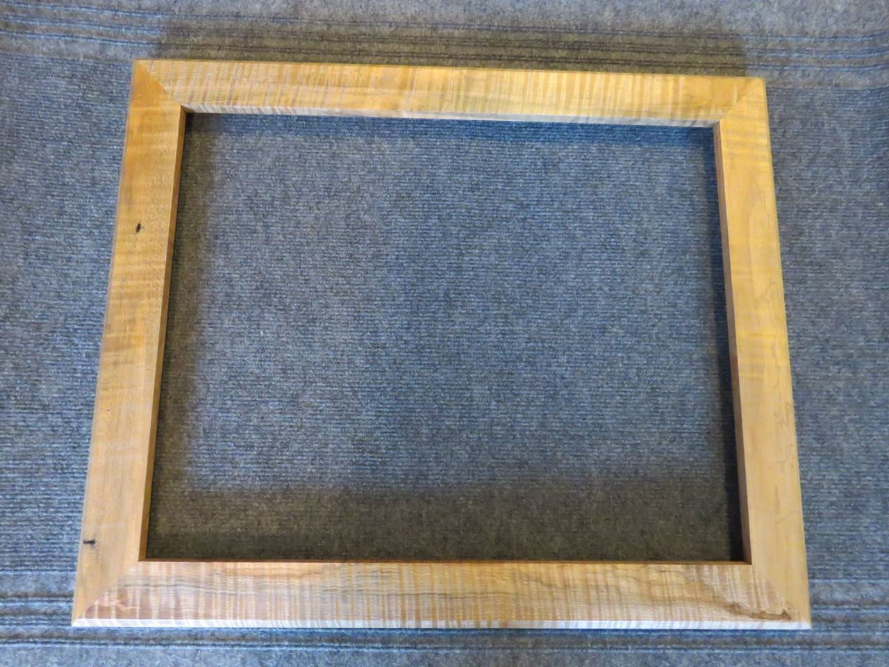 16 x 20 curly maple picture frame. Black Bedroom Furniture Sets. Home Design Ideas