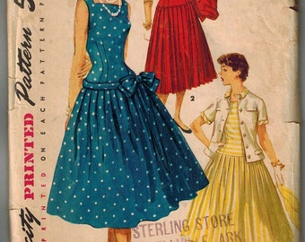 1955 Simplicity 1077 Full Skirted Dress Sewing Pattern Vintage Size 14 Very Dramatic Lots of Pleats Rockabilly