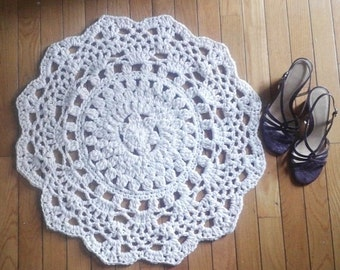 "Off White Crochet Doily Rug 24"" Circle Non Skid"