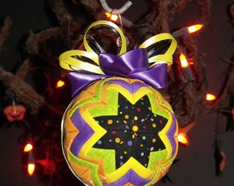 "6"" Diameter Christmas Quilted Fabric Ball Ornament - tree decoration - Fabric Ball - Quilted Ball - Home Decor - Halloween  Ball"