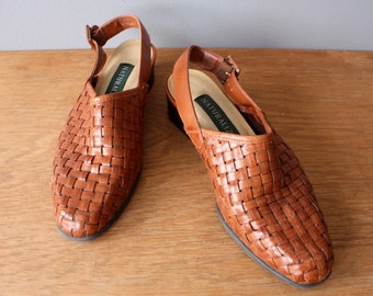 vintage 90s sandals 6.5 / woven leather sling backs / brown leather sandals
