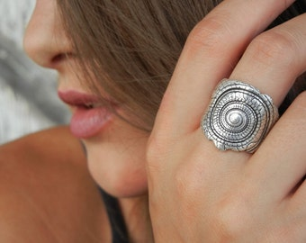 Silver Shell Ring, Nautical Jewelry, Seashell Ring, Shell Jewelry, Beach Jewely, Beach Shell Ring Size 4 5 6 7 8 9 10 11 12 13 14